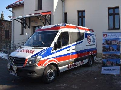 Przekazanie ambulansu w Krzeszowicach