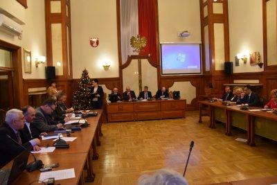 xvii-sesja-rady-powiatu-w-krakowie