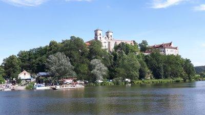 Rzeka Wisła ponownie połączyła Piekary i Tyniec