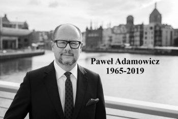 Paweł Adamowicz (1965-2019) fot. Karol Stańczak.jpg
