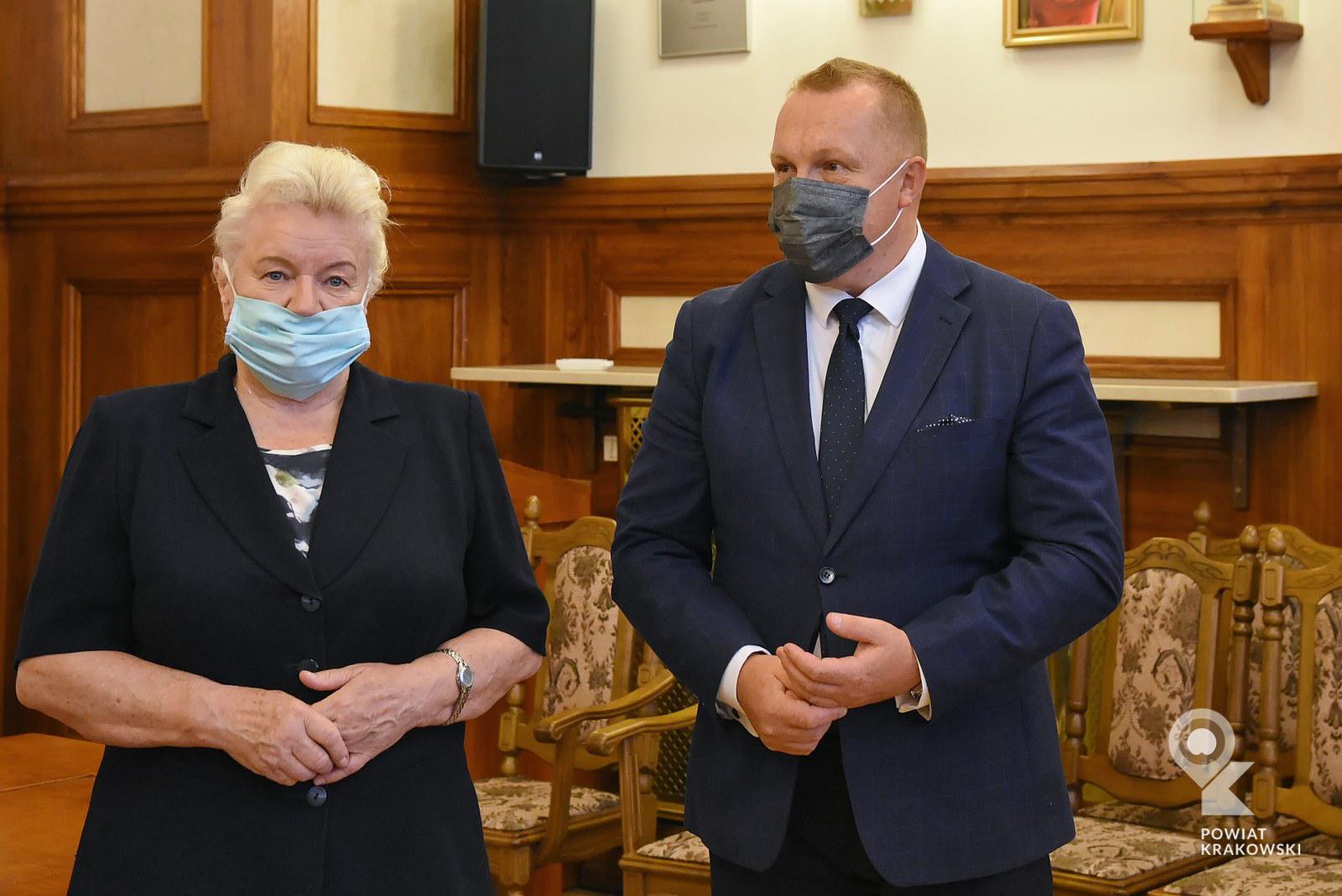 Podpisanie umowy w Starostwie Powiatowym w Krakowie 8