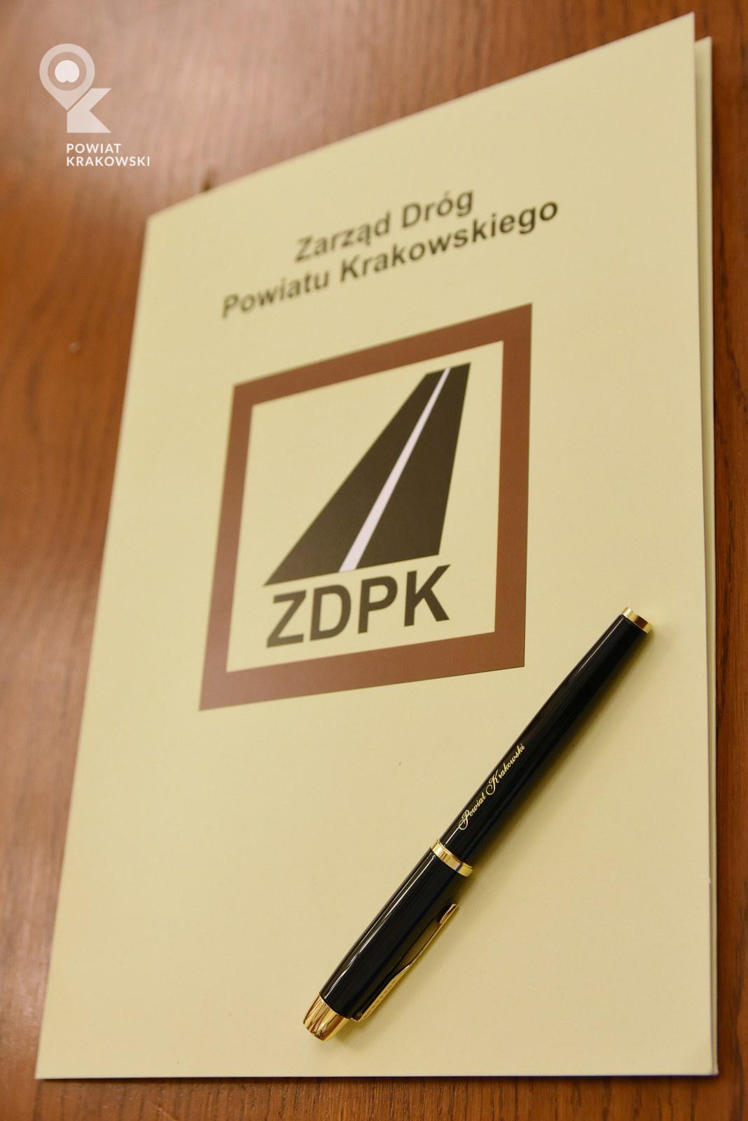 Podpisanie umowy w Starostwie Powiatowym w Krakowie 1