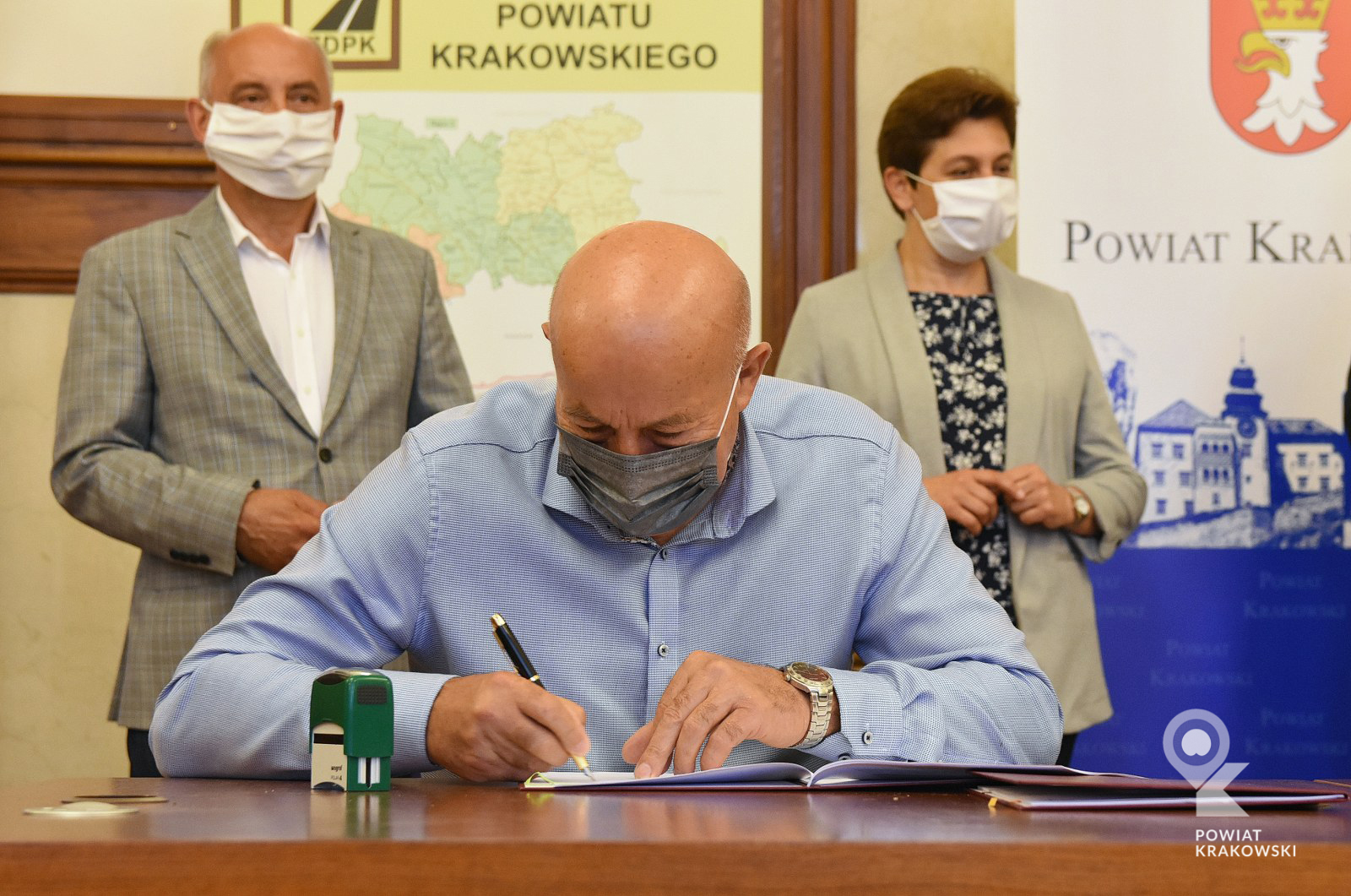 Podpisanie umowy w Starostwie Powiatowym w Krakowie 9