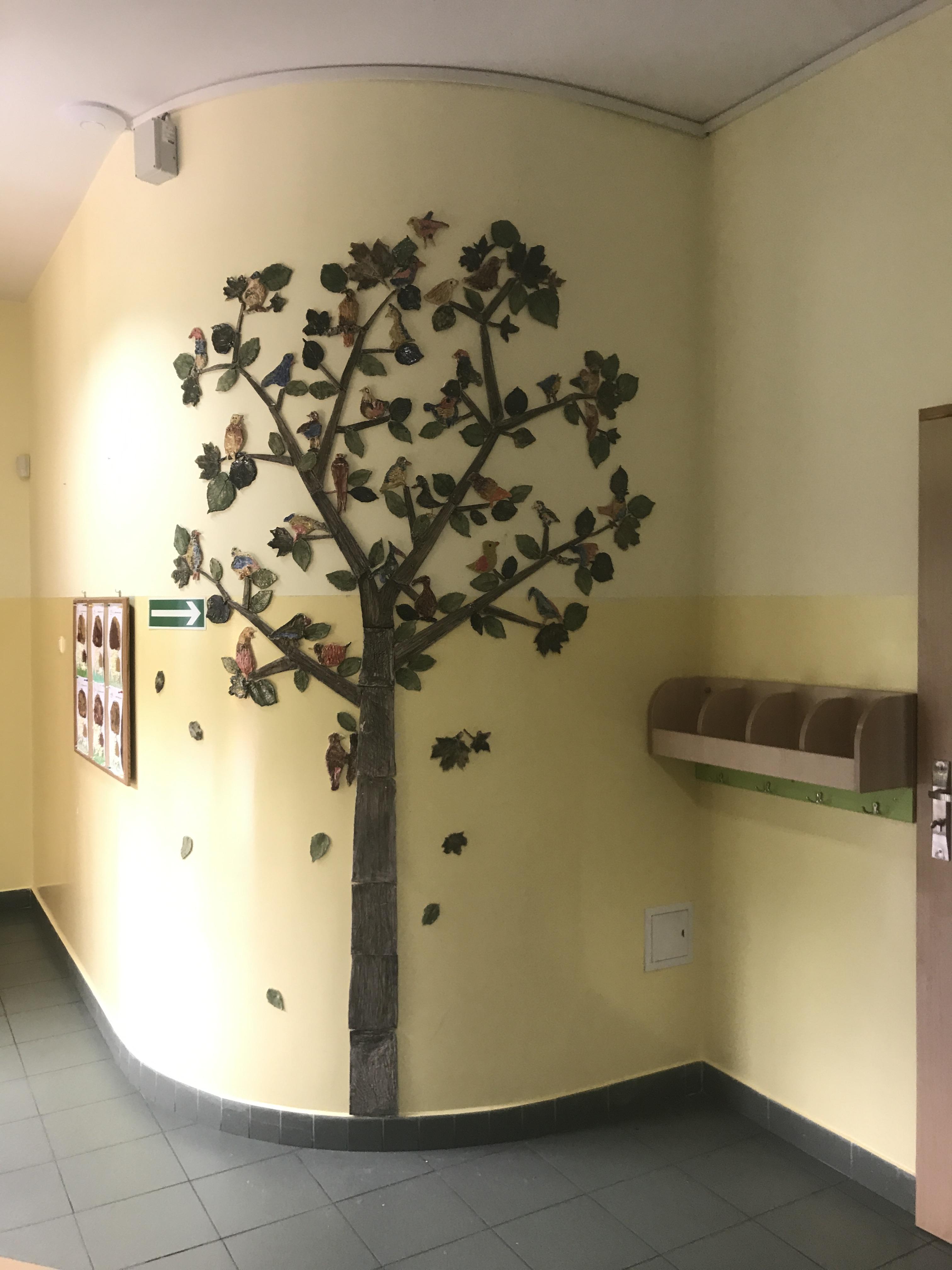 """Projekt """"Opowiem Ci o lesie"""" - drzewo z ceramiki"""